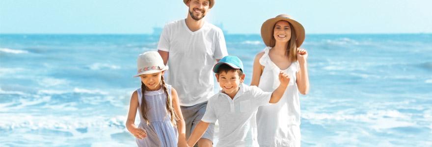 Vacances à la mer en famille